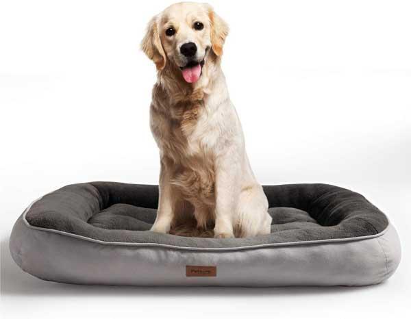 Panier en peluche pour chien